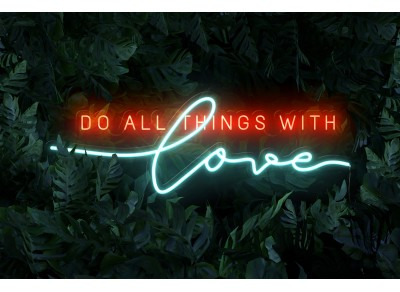 "Neón Led ""Do all things with love"""
